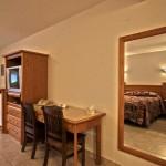 Room 500 2