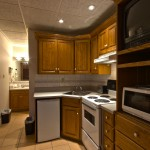 Deluxe Double Kitchenette